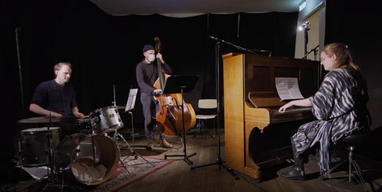 Asahláka - Sara Magnusdottir Trio